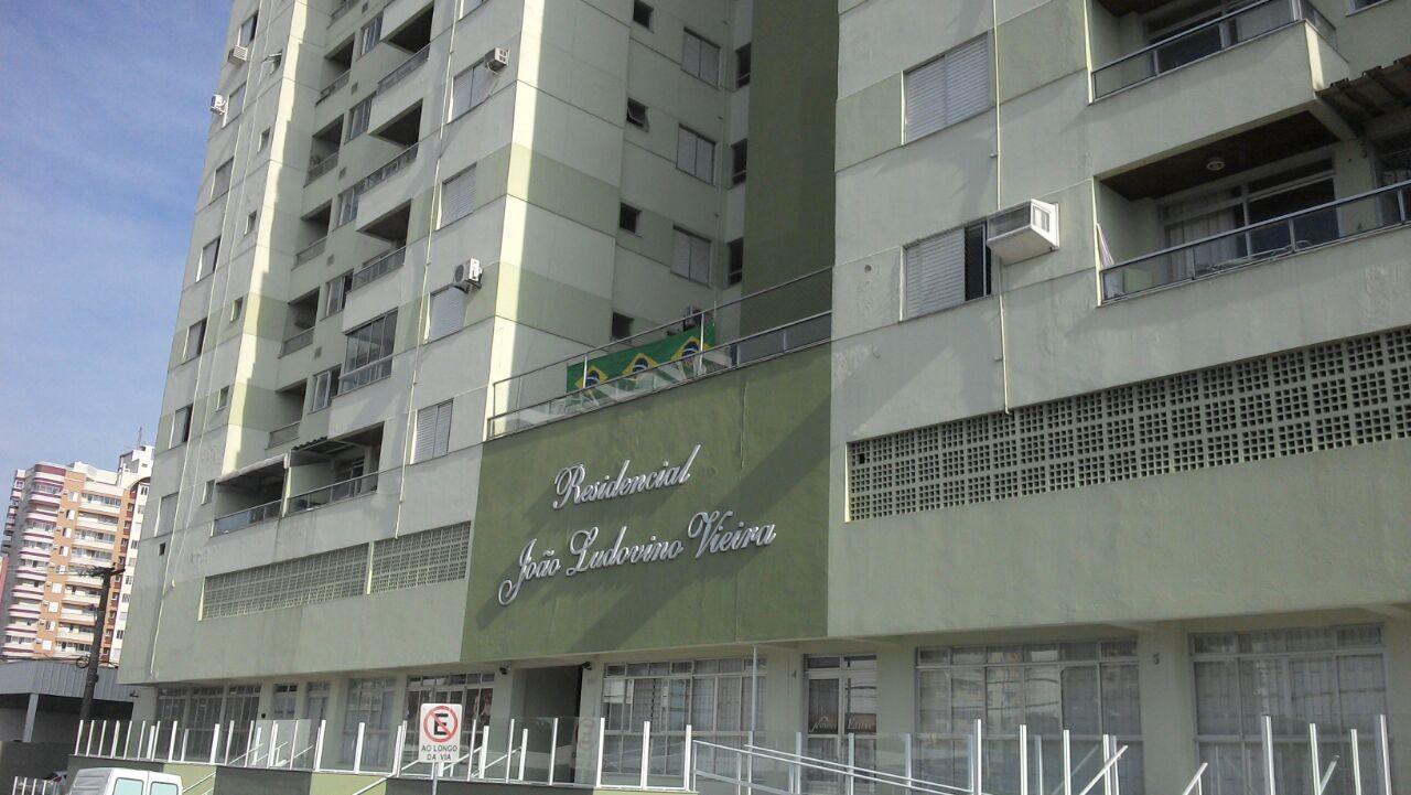 Leilão Simultâneo da 1ª Vara Cível da Comarca de São José/SC.