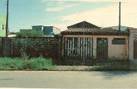LEILÃO JUDICIAL - Direitos sob. metade do Lote de 127,60 m² - São Vicente/SP