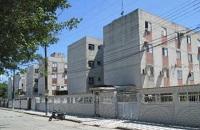 LEILÃO JUDICIAL - Direitos que a executada possui sob. Apto. de  48,24m², Conjunto Habitacional Santo Amaro III - Vicente de Carvalho - Guarujá/SP